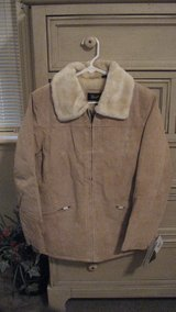 Women's coat tan - NWT in Fort Leonard Wood, Missouri