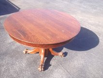 Qtr Sawn Oak Pedestal Table Claw Feet in Camp Lejeune, North Carolina