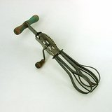 VINTAGE A&J HIGH SPEED SUPER CENTER DRIVE EGG BEATER c 1935 in Naperville, Illinois